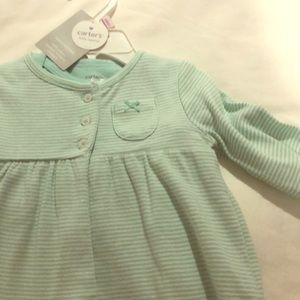 Striped 3 piece NWT carters set